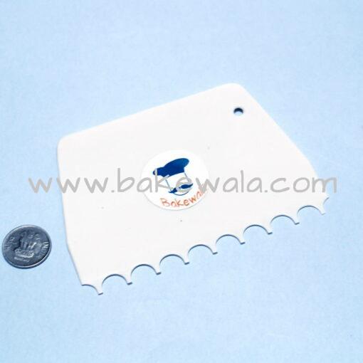 Scraper or Cake Comb - Type 5